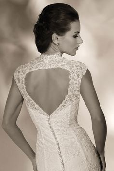Style *12818* TAYLOR » Wedding Dresses » 2013 Collection » by Cristiano Lucci (close up back)