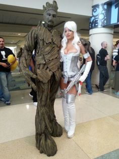 InvestComics Marketing/Correspondent; Taylor (as Silver Sable) meets up with Groot. We are Groot. #InvestComics #MegaCon #MegaCon2015 #Cosplay #Cosplayers #Groot #SilverSable @taylornichole91
