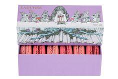 ラデュレ(Ladurée)から、日本人画家ヒグチユウコとのコラボレーションによる限定コレクションが、バレンタインとホワイトデーに向けて発売される。 6個入 2,473円(税...