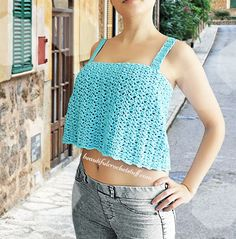 15 Crochet Summer Tops Crochet Crop Top – Every one of these free crochet summer top patterns are cute and stylish. Grab a crochet hook and start making summer tops for everyone in your life. Crochet Summer Tops, Crochet Halter Tops, Crochet Shirt, Crochet Crop Top, Crochet Vests, Crochet Sweaters, Crochet Bodycon Dresses, Black Crochet Dress, Crop Top Pattern