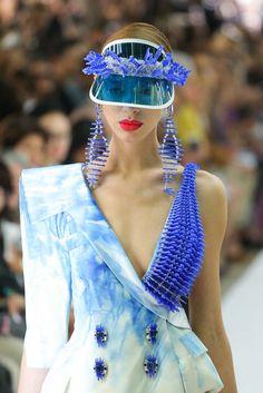 Aura Tout Vu Haute Couture Fall 2013