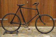 BSA Light Roadster c. 1914. Vintage Cycles, Vintage Bikes, Trike Scooter, Bicycle Parts, Saddle Leather, Cycling Bikes, Antiques, Vehicles, Fixed Gear