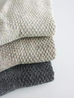 evam eva - recycled cotton moss-stich high socks