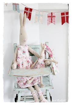 Old doll highchair