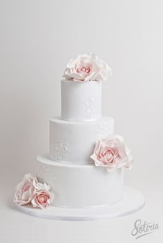 Rose wedding cake | Emma & Gerrick were married at the gorge… | Flickr