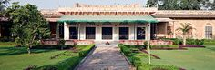 #CastleKanota offers the services like puppet show, folk music and dance on demand, facilities of horse-riding, a library containing miniature paintings and manuscripts. Know more about our facilities @ http://bit.ly/1PBb967 #HeritageHotelinJaipur