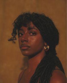 Pretty Black Girls, Black Girl Art, Beautiful Black Women, Black Girl Magic, Pretty People, Beautiful People, Dark Skin Beauty, Portraits, Black Girl Aesthetic