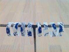 Rings from white shrink plastic, painted with Posca pen (Bellas Bedrifter blog)