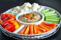 Think you have to give up hummus just because you are eating low carb? Here's all sorts of low-carb hummus dip recipes that you can enjoy guilt free! Healthy Eating Tips, Healthy Foods To Eat, Healthy Snacks, Keto Snacks, Dinner Recipes For Kids, Healthy Dinner Recipes, Real Food Recipes, Paleo Appetizers, Appetizer Recipes