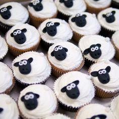 Shaun the sheep cupcakes