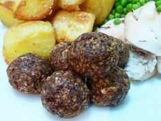 SAGE, ONION AND SAUSAGEMEAT STUFFING Christmas Menu by +Azlin Bloor #Christmas