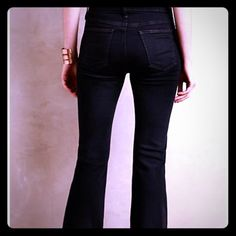 NWT current/Elliot sz 27 girl crush jeans New!!!! Great jeans by Current/Elliot from Anthropologie. Size 27. Very dark wash, almost black in color. Color is called midnight. Current/Elliott Jeans Boot Cut