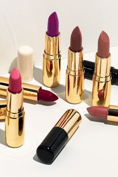 What's YOUR favourite makeup look for spring? Check out the full range of our brilliant beauty products at H&M!   H&M Beauty