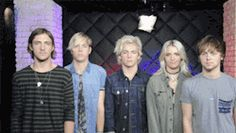 R5 and people ask why I love them... Lol