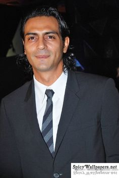 Date Bollywood star Arjun Rampal