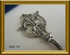 Antique silver letter opener, € 45. www.dejavu.marktplaza.nl