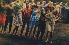 Советская мода 1960-е. Молодёжные танцы - Летка - енка. г. Бийск, 1964 г.