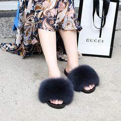 9b90c212dabb12 Fox Fur Furry Slipper - Midnight £25.99 fur  furry  furrier  furfashion