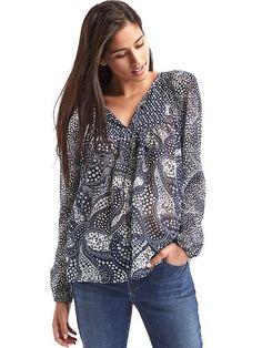 Gap splitneck blouse