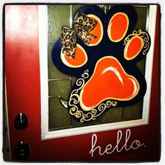 Auburn Paw Door Hanger! Tiger Paw, Auburn Football, Burlap Projects, Painted Doors, Footprints, Door Hangers, Eagle, Craft Ideas, War