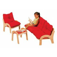 Oturma Grubu  Anaokulu ve kreşler için konforlu yumuşak oturma grubu.