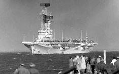 Scheepsfoto's R81 (3) Aircraft Carrier, Battleship, Dutch, Military, War, Cottages, Travel, Boats, History