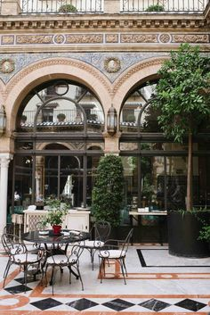 The garden of the Hotel Alfonso…Sevilha - Espanha