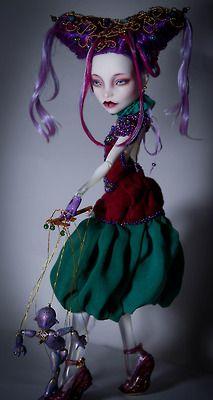 Monster High Spectra custom fantasy puppeteer