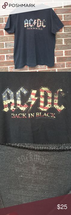 🎉🎉HOST PICK 1-17-17🎉🎉AC/DC shirt BACK IN BLACK Back In Black. 2005. Great condition! Size large Rockware Tops Tees - Short Sleeve