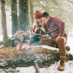 Magic winter love-story in the forest, happy couple near the fire (in Russian) Photo: Anastasiya Belik
