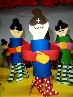 Προσχολική Παρεούλα : Με ένα ρολό από χαρτί ... έτοιμη η κυρά Σαρακοστή !!! Toilet Paper Roll, Diy And Crafts, Carnival, Projects To Try, Easter, Blog, Mary, Lent, Carnavals