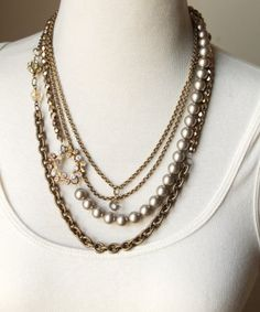 Sheer Addiction Jewelry - Winter luxe sethttp://sheeraddictionjewelry.com/estore/necklaces/winter-luxe-set