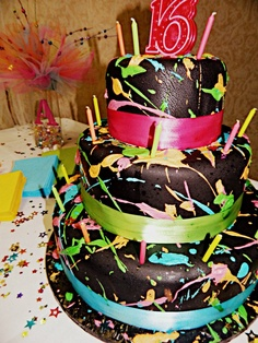 ADRIENNE'S SWEET 16 CAKE This is so cool!!! Love how it looks paint spattered!!