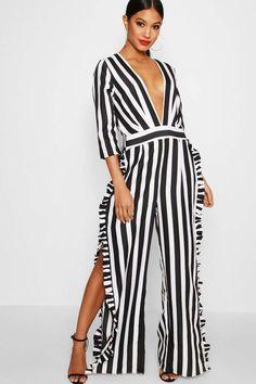 d789fa502b67 boohoo Mila Striped Ruffle Leg Jumpsuit Fashion Moda