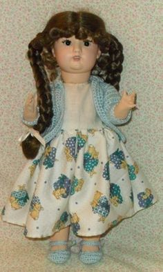 Antigua  Muñeca  caminadora de los años 40 con cuerpo de cartón piedra y cabeza de pasta Antigua treadmill 40s doll with body and head papier mache paste