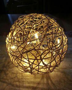 bekikilicious: DIY: Peddigrohr-Kugel mit LED-Lichterkette
