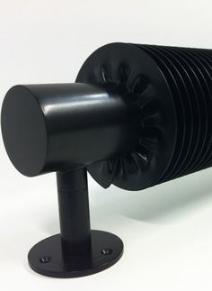 radiateur design VD 4608 Heating Element, Architecture Details, Door Handles, Sweet Home, Modern, Home Decor, Interiors, Boutique, Bathroom