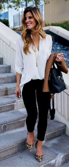 Ivory blouse, black skinny jeans and leopard print heels - fall outfit professional wear. pretty spring work outfits for women Elegant Summer Outfits, Spring Work Outfits, Casual Work Outfits, Work Casual, Casual Fall, Winter Outfits, Dress Casual, Casual Office Attire, Black Jeans Outfit Work