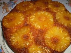 Receita de Bolo de abacaxi caramelizado. Enviada por Micheli Terezinha Fiorentin e demora apenas 40 minutos.
