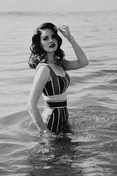 Lana Del Rey is a beautiful vintage looking woman.