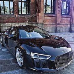 Audi the black knight # Quattrol love. This is empiror of audi car Bugatti, Maserati, Ferrari, Dream Cars, My Dream Car, Luxury Boat, Luxury Cars, Sexy Cars, Hot Cars