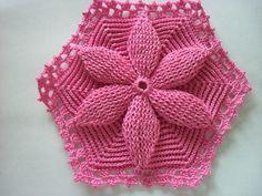 The Revenue Crochet: flower crochet bedspread Mary Dolls. Translated pattern at site Crochet Bedspread Pattern, Afghan Crochet Patterns, Crochet Squares, Crochet Stitches, Crochet Mat, Crochet Crafts, Crochet Projects, Easy Knitting Patterns, Crochet Videos