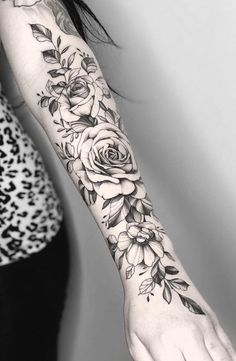 Girly Tattoos, Unique Tattoos, Small Tattoos, Cool Tattoos, Wrist Tattoos For Women, Forearm Tattoo Men, Tattoos For Guys, Best Sleeve Tattoos, Leg Tattoos