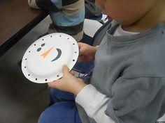 Teaching 2 and 3 Year Olds: Winter fun Winter Activities, Christmas Activities, Preschool Winter, Snow Theme, Winter Theme, Snowman Faces, Snowmen, January Crafts, Theme Noel