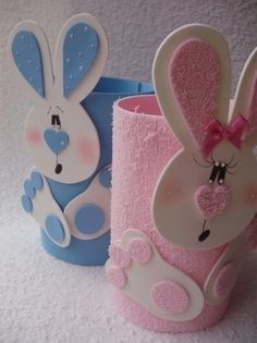 Risultati immagini per páscoa em eva Tin Can Crafts, Paper Roll Crafts, Diy And Crafts, Easter Projects, Easter Crafts For Kids, Easter Art, Bunny Crafts, Spring Crafts, Art For Kids