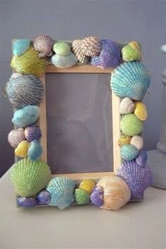seashell crafts for kids www. loves this! crafts for kids diy ideas 5 Cutest Seashell Crafts For Kids - AppleGreen Cottage Beach Crafts For Kids, Crafts For Teens To Make, Summer Crafts, Art For Kids, Vbs Crafts, Decor Crafts, Diy And Crafts, Arts And Crafts, Sand Crafts