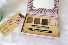 {Review} Essence How To Make Brows Wow - Beauty Candy Loves