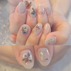 Nail art is a very popular trend these days and every woman you meet seems to have beautiful nails. It used to be that women would just go get a manicure or pedicure to get their nails trimmed and shaped with just a few coats of plain nail polish. Matte Nails, My Nails, Acrylic Nails, Nude Nails, Prom Nails, Wedding Nails, Red Wedding, Nail Art Designs, Cute Nail Art