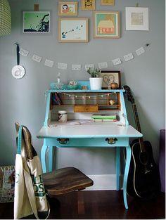 Desk, escritorio, secreter