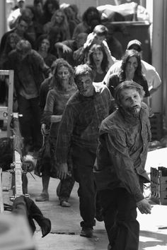 How To: The End of the World Survival Guide: Staying Alive During the Zombie…
